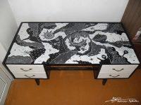 rasomasis stalas, tapyba ant baldu, stalas, paveikslai, baldai, stalai, gediminas bytautas